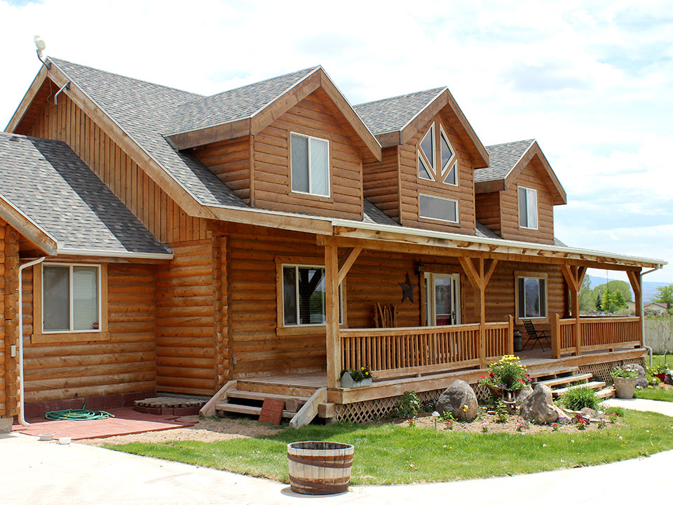 Thousand Lake Lumber builders of fine log homes